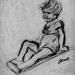 Garçon assis, jambe repliée